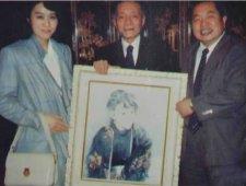 1991年与顾锡东、日本著名栗原小卷